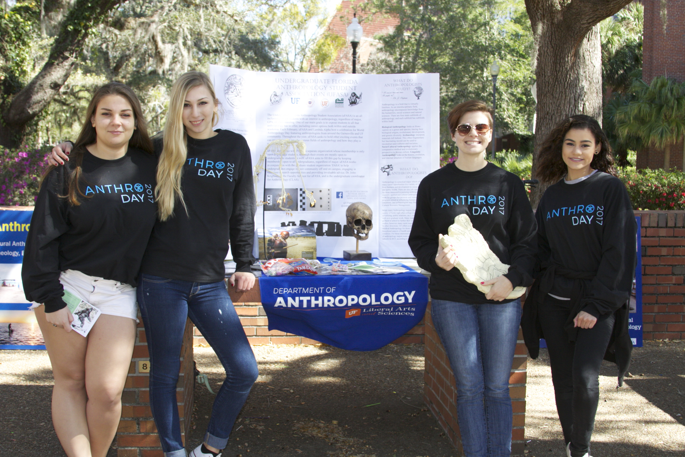 Photo of students tabling for the anthropology department